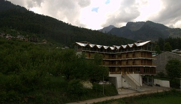 Snow Peak Retreat, Manali